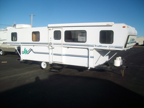 1998 Trail Manor 3023