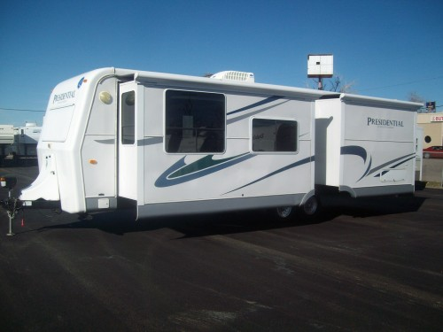 2007 Holiday Rambler Presidential 32FKD